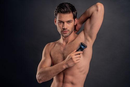 cómo funciona una afeitadora corporal para hombre